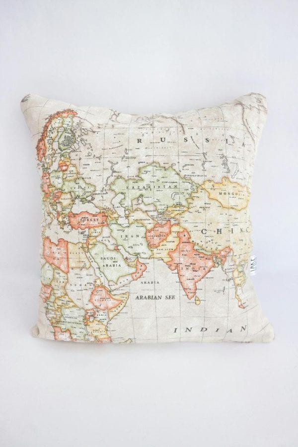 2.WORLD MAP cushions_take tha break (4)